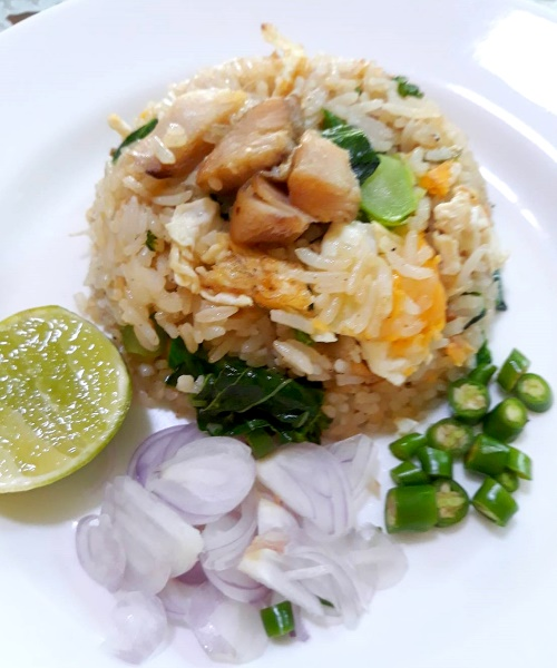 สูตรข้าวผัดปลาเค็ม วิธีทำข้าวผัดปลาเค็ม
